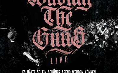 Waving The Guns – Live
